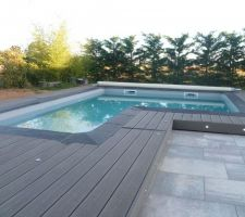 Photos de piscines forme carr for Piscine coque carree