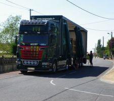 Arrivée du camion Desjoyaux et déballage du KIT