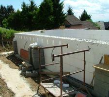Préparation de la poutre muralière pour la terrasse