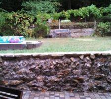 Le jardin surelevé vu depuis la terrasse