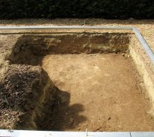 Après 60 brouettes soit environ 3 tonnes de terre !